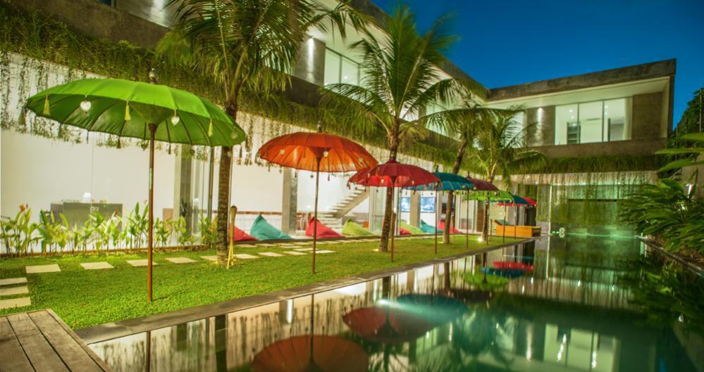 villa-simpatico-luxury-25m-saltwater-swimming-pool